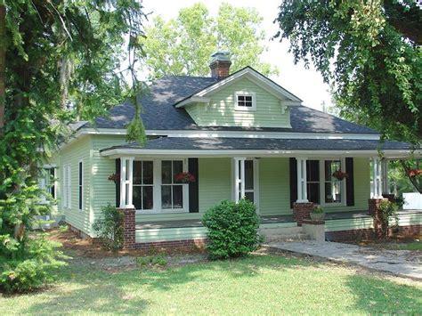 bungalow style house 1920s bungalow style house craftsman 1920 craftsman bungalow in sylvania georgia oldhouses com