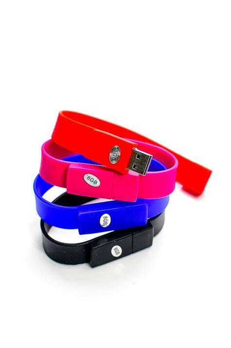 Kabel Micro Usb Bentuk Gelang Silikon Blue Biru 1 flash disk gelang warna merah pink biru hitam