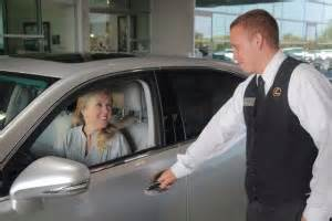 What Is A Valet Attendant by Valet Parking L M Dealer Solutions