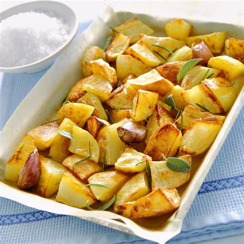 come cucinare le patate al microonde come cucinare le patate al forno croccanti sale pepe