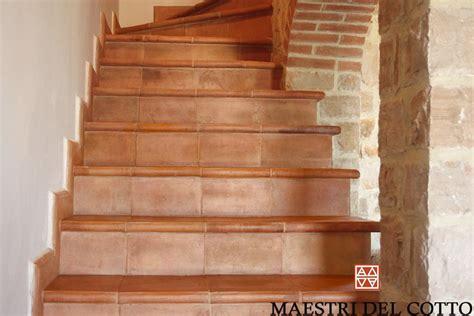 scale in cotto per interni gradini in cotto per interni citt 224 della pieve perugia
