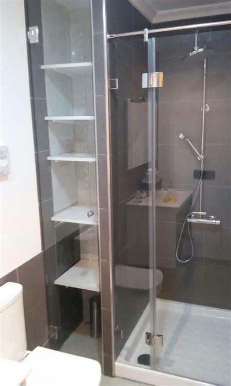 estanterias ducha mara de ducha y mueble estanteria vidrio templado