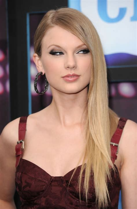 cmt hairstyles cmt hairstyles taylor swift photos photos 2010 cmt music
