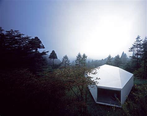 makoto yamaguchi places art gallery  karuizawa forest