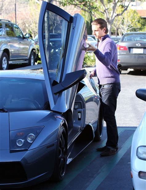 Disick Lamborghini Disick Out Shopping At Barnes Noble In Calabasas 4
