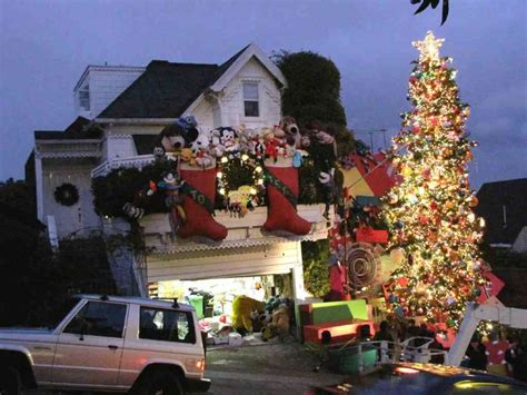 best decorated holiday houses san francisco 26 ways to get into the spirit san francisco style sfgate