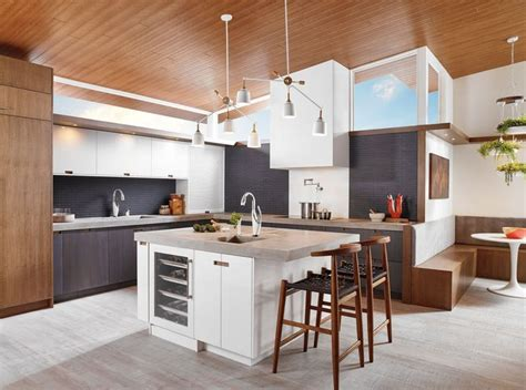 www kitchen collection collection vuelo finish matte white polished chrome