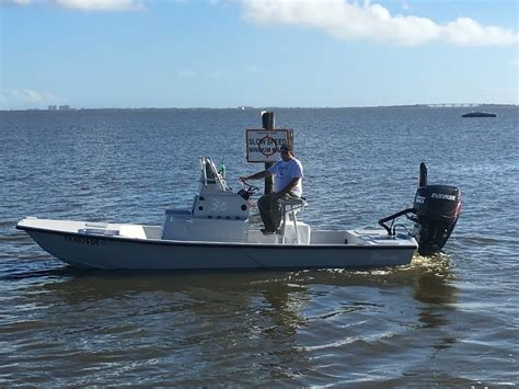 Poster Fishing S20 shoalwater cat 23 top speed cats