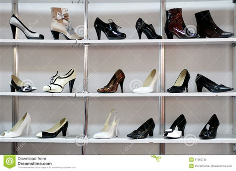 The Shoe Rack Outlet Rack Of Shoes In Shop Or Department Store Stock Photos