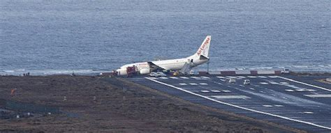 speed boats for sale lanzarote air europa plane leaves runway when landing in lanzarote