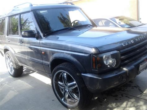 land rover discovery custom 2003 landrover discovery w custom rims tires land