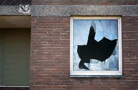 persianas que no bajan ventanas y puertas en perfecto estado con anusa anusa
