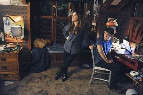 aria s bedroom pretty little liars aria s house brother s bedroom hooked on houses