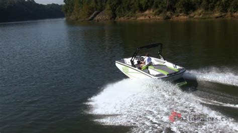 heyday boat weight 2017 heyday wt 1 ski and wakeboard boat review