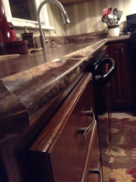 Ogee Laminate Countertop Trim in Formica# 3478 Dolce