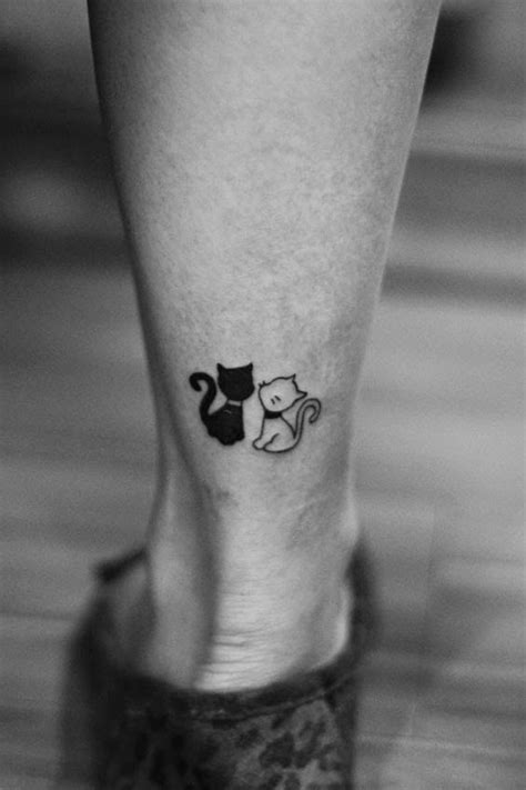 tattoo small cat looking for a cute cat tattoo cats cutecats