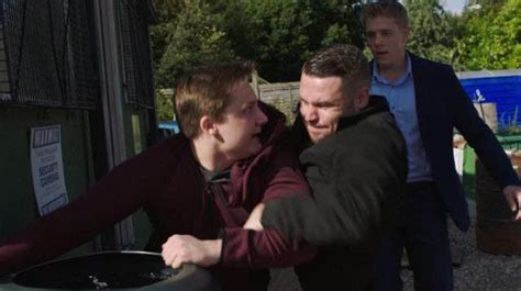 Emmerdale Soap Spoilers 2016 | soap spoilers 17th 21st october 2016 clare with the hair