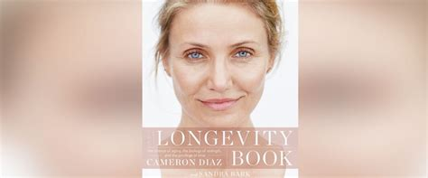 Cameron Diazs New Is Wired The Entertainment by Cameron Diaz Explores Secrets To Aging Well In New Book