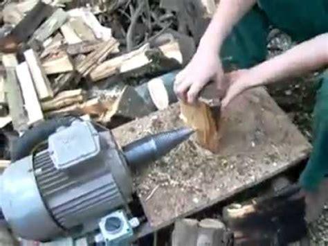 Mesin Gergaji Kayu Gelondongan mesin pembelah sederhana untuk membelah kayu bakar tipis