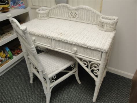 white wicker desk white wicker desk and chair set furniture white wicker chairs and desks