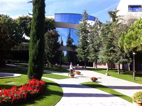 Mba Spain Barcelona by Financial Times Best Business Schools Ranking For 2016