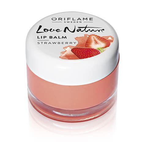 Nature Lip Balm Strawberry bb lip balm bekerja di rumah