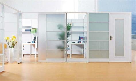 desain partisi ruangan kantor kombinasi aluminium  kaca desain kantor