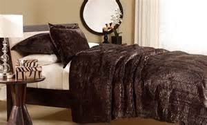 Faux Mink Comforter Set Essentially Home Living Faux Tiger Fur Comforter Set Groupon