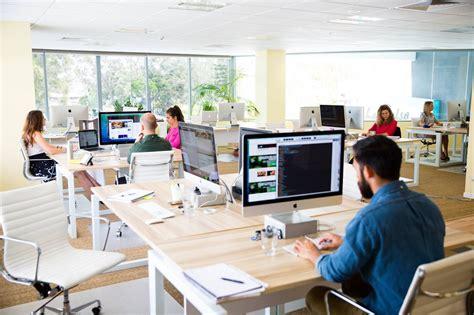 lowongan kerja desain majalah 7 lapangan pekerjaan menarik buat desainer grafis bitebrands