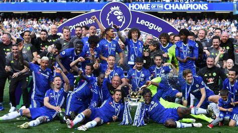 chelsea fc players chelsea fc celebrate premier league crown at stamford