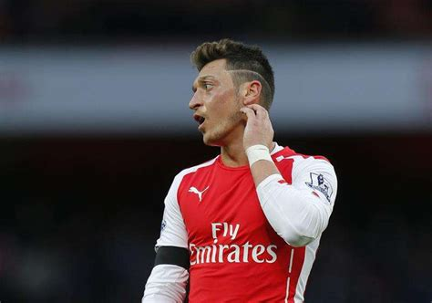 mesut ozil new hairstyle 2016 top 5 players who could win the pfa player of the year