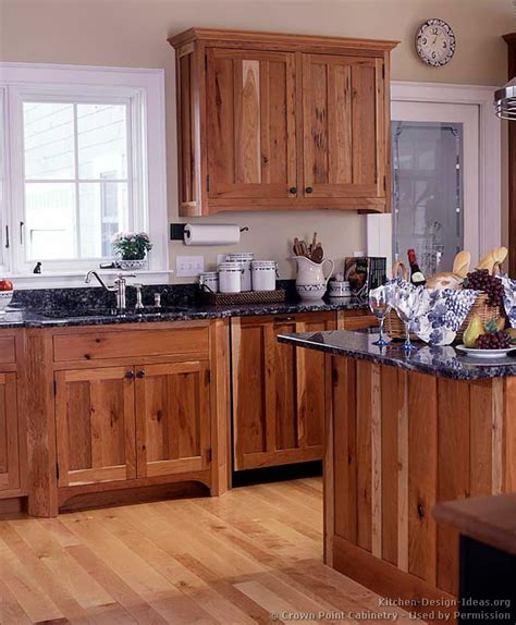 arts and crafts style kitchen cabinets arts and crafts style casual cottage