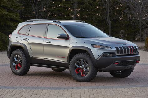 jeep cherokee official jeep reveals two new cherokee and a new grand