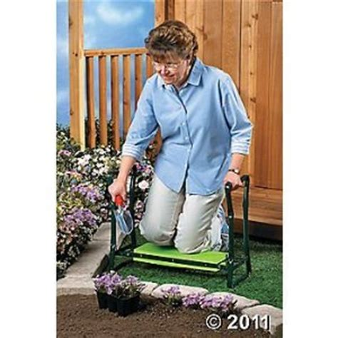 gardening bench kneeler amazon com 2 in 1 gardener s kneeler bench or folding