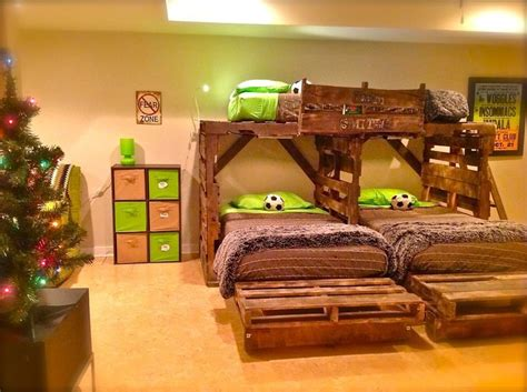pallet loft bed pallet beds pallet bunk bed bunk bed plans bunkbeds