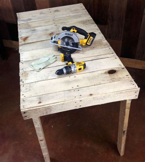 how to make a work bench make a pallet workbench in under 2 hours diy ready