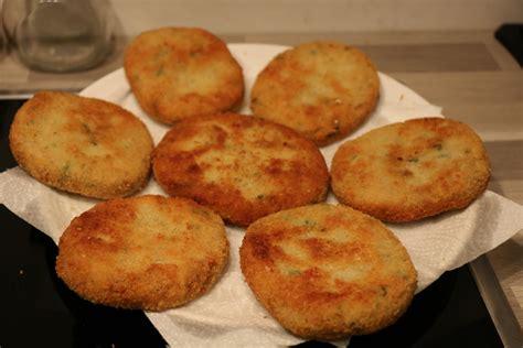 recette de cuisine avec pomme de terre maakouda au thon recette facile des galettes de pommes