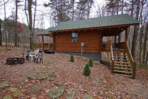 Whispering Pines Cabins by Whispering Pine Cabin Woodland Ridge Cabins Lodges