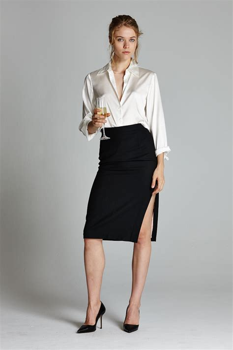How To Use A Slit L by The Side Slit Pencil Skirt L 233 Cole Des Femmes