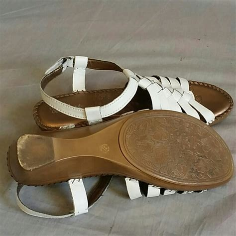 strictly comfort sandals strictly comfort strictly comfort sandals white 8 5 m