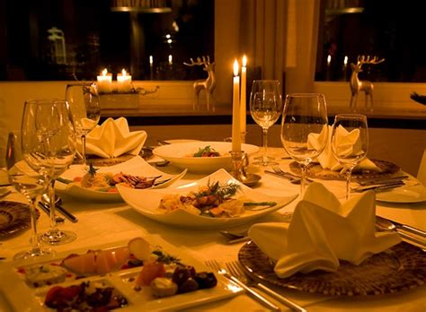 how to plan a candlelight dinner at home with your