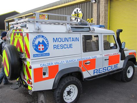 Rescue Car mountain rescue the mud