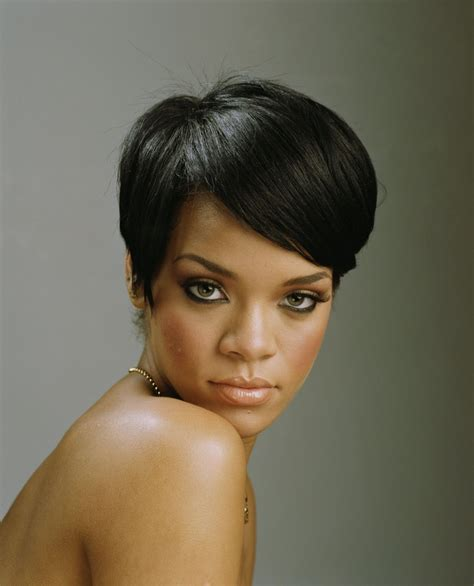 rihanna images of front and back short hair styles short rihanna hairstyles front and back rihanna has super