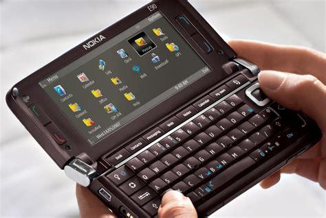 Nokia E90 Communikator nokia e90 communicator wifi unlocked gps gsm 2g 3g 8gb