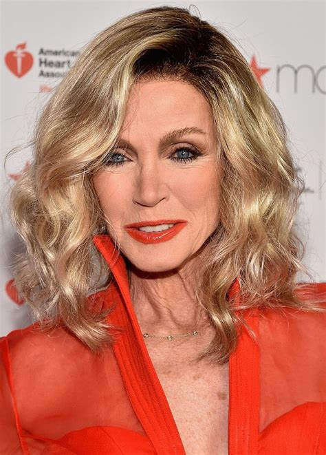 photos of donna mills curly frosted hairstyle from the 89s donna mills medium wavy cut donna mills hair style and