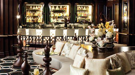 the top room luxury hotel bar in los angeles the langham pasadena
