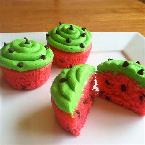 creative cupcakes  celebrate national cupcake day