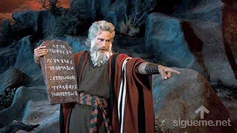 imagenes biblicas moises moises el libertador del pueblo de israel personaje