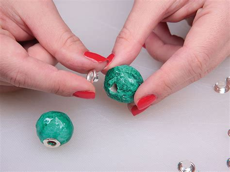 How To Make Paper Mache Earrings - how to make papier mache jewellery from an egg box