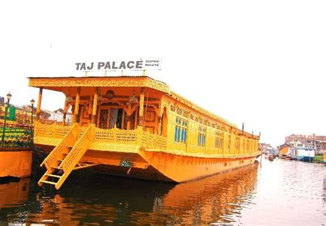 the boat house group taj palace group of house boats srinagar reviews photos
